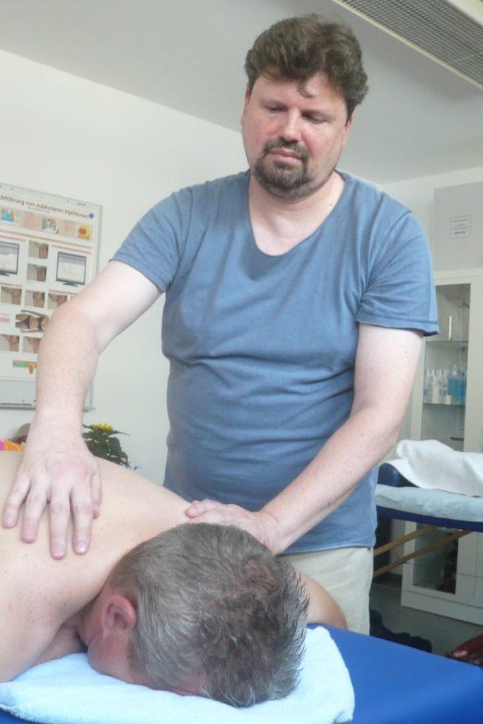 Tibetische Rückenmassage Juni 2019 Mainz 5
