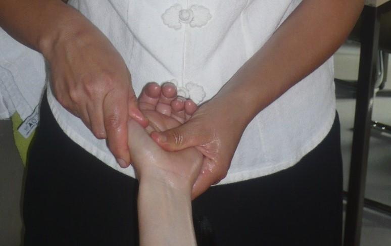 19_10_Meridian_Ausgleichs-Massage (10)